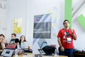 Rafa Poveda en WordCamp Granada Contributor Day